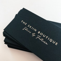 THE SKIIN BOUTIQUE / branding in gold on black