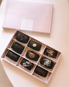 LOCO LOVE / chocolate