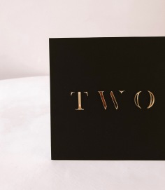 ZOE & KYLE / table numbers in gold acrylic and matte black acrylic