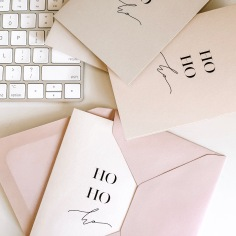 CHRISTMAS CARDS / handwritten 'ho' in black, nude and pink