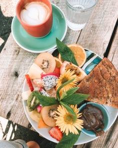 FLORA & FAUNA / breakfast