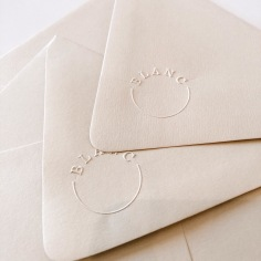 BLANC / embossed envelopes
