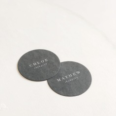 CHLOE & MATHEW / white on grey circle place cards