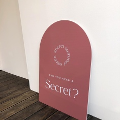 THE SECRET / welcome sign