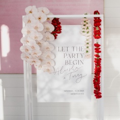 ALEISHA & TERRY / welcome sign photographed by Sarah Tonkin Photography