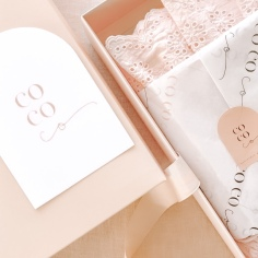 COCO & LOLA / christmas branding and stationery design