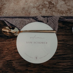 JULIA & SAM / place cards on recycled stock photographed by @biancakatephotography